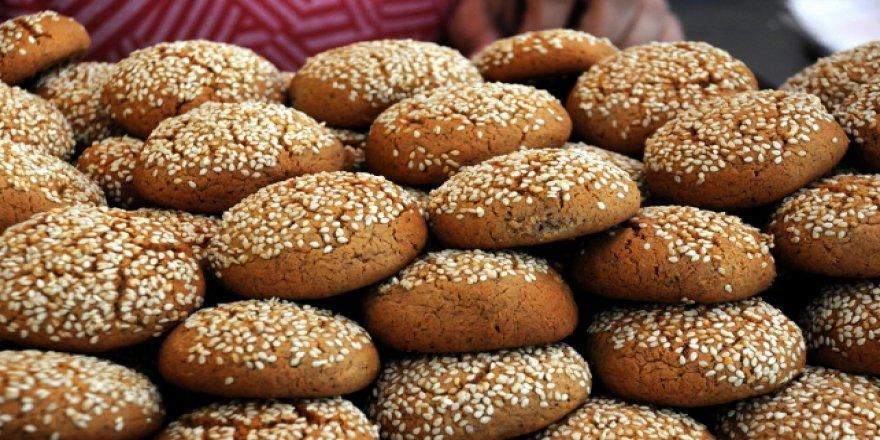 """Ramazan """"kömbeyle"""" tatlanıyor"""