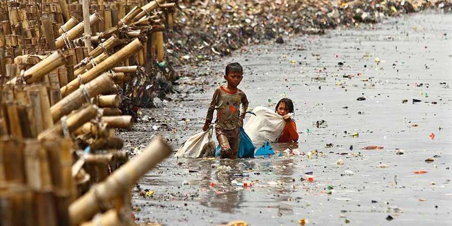 Okyanuslardaki plastik çöpler balıklardan fazla olacak