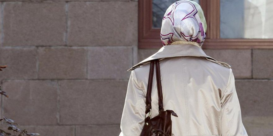 Güney Afrika'daki ırkçı başörtüsü uygulaması kalktı