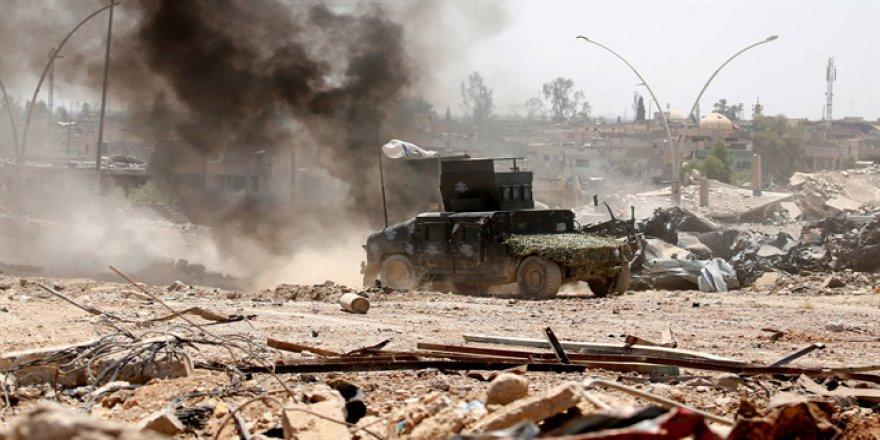 DAEŞ Musul'da sivilleri katlediyor