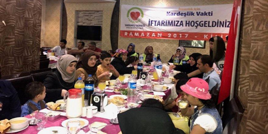 200 Suriyeli yetim iftarda buluştu
