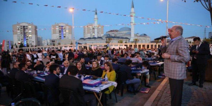 Başakşehir'de 20 bin vatandaşı buluşturan iftar
