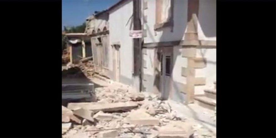 Deprem nedeniyle Midilli'de binalar yıkıldı