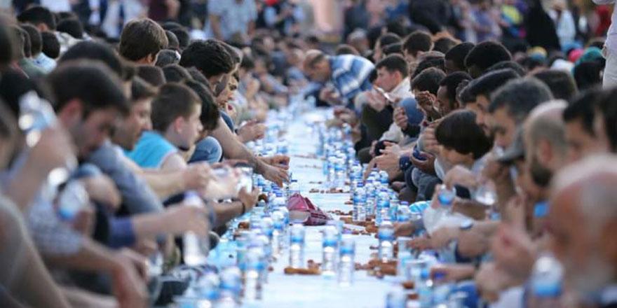 İzmir'de bugün iftar saat kaçta? 18 Mayıs İzmir İftar Vakti