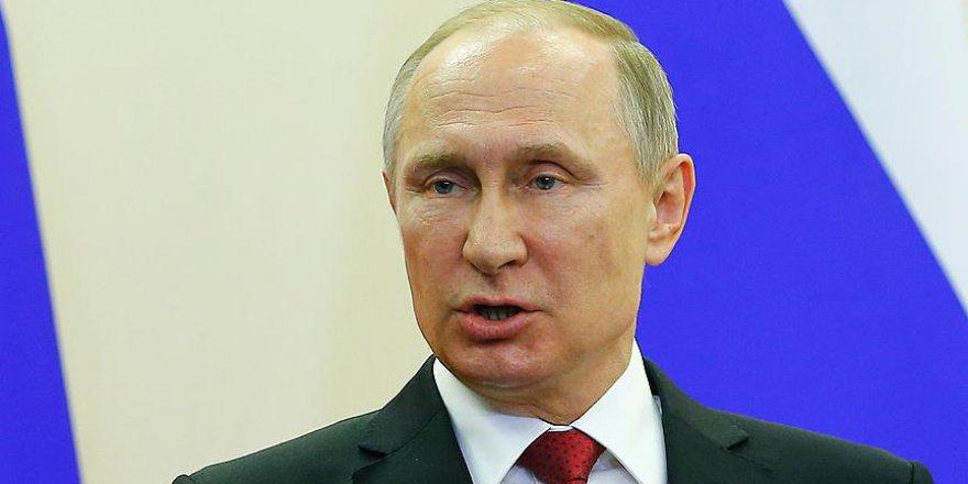 Putin ile Kral Selman Katar'ı görüştü