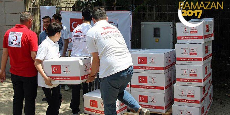 Kızılay'dan Makedonya'da ramazan yardımı
