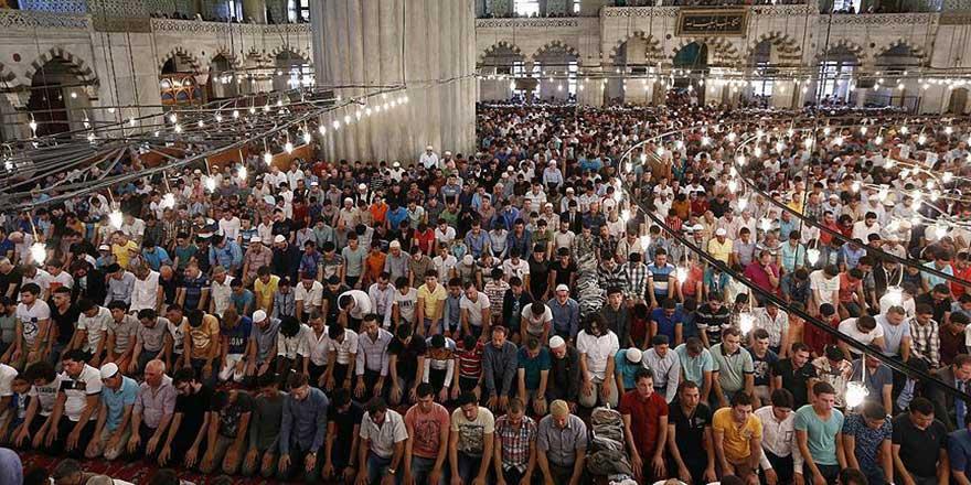 Ramazan ayının Cuması diğer Cumalardan 70 kat büyük müdür?