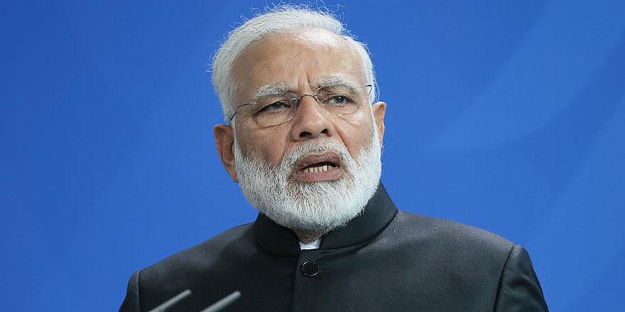 Hindistan, koronavirüste bile Müslümanları hedef gösterdi