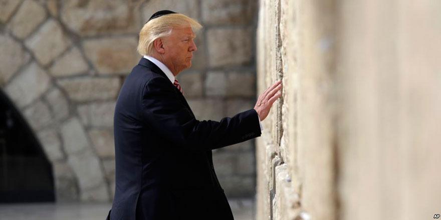 İsrail dostu Trump, Müslüman ve Hristiyanlara savaş açtı