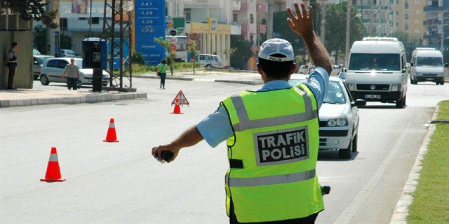 Ceza kesilmesi yetmeyecek, trafikten men cezası var