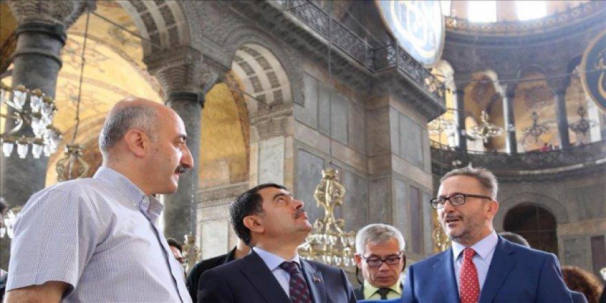 İstanbul Valisi: Ayasofya'da tarihinin en büyük restorasyonu yapılıyor