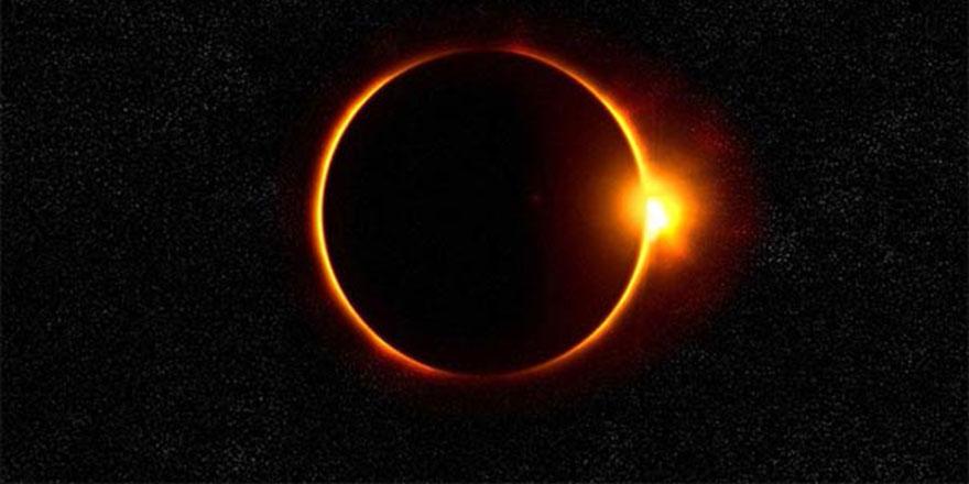 2019'da üç küsuf, iki husuf namazı kılınacak: Üç Güneş, iki Ay tutulması
