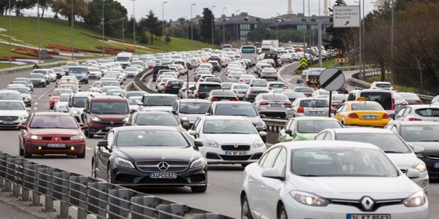 İstanbul trafiği: 3.7 km yavaşladı, her gün 70 dakika kayıp ve israf