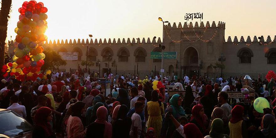 İslam dünyası bayramı yine aynı günde kutlamıyor