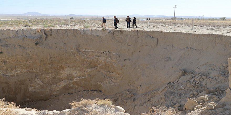 Konya'da bir derin obruk daha oluştu
