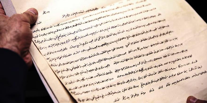 Arnavutluk'ta Osmanlıca dersi veriliyor
