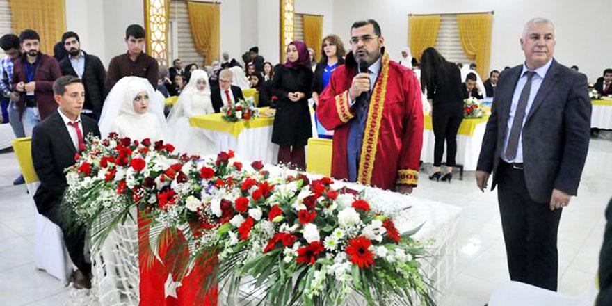 Müftülüklerde son 4 yılda 38 bin 53 dualı resmi nikah kıyıldı