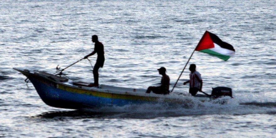 İşgalci İsrail Gazze'nin tüm gelirlerini yok etmek istiyor