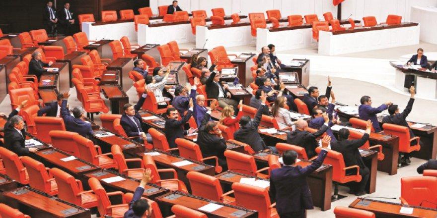Yeni meclise ekonomi uzmanları girdi