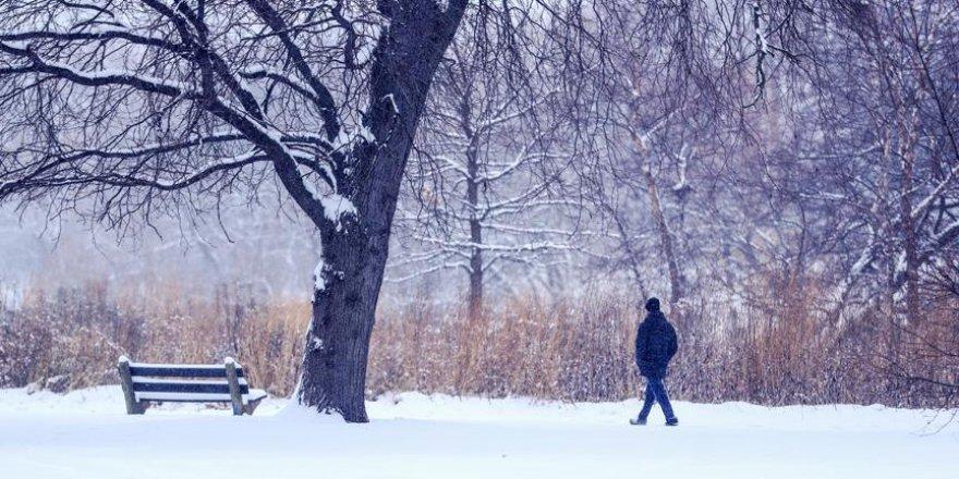 İstanbul ve Ankara'da beklenen kar yağışları sürüyor
