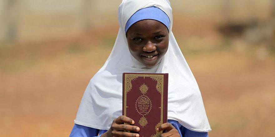 Üniversite öğrencilerinin harçlıklarıyla alınan Kur'an dağıtılacak