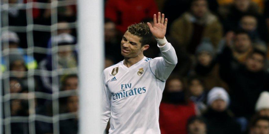 Ronaldo artık Juventus'un futbolcusu