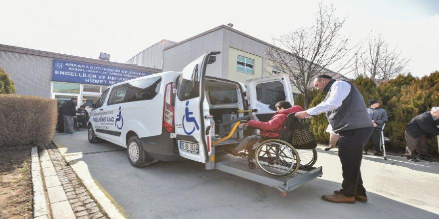 Engelli vatandaşlara ücretsiz terapi hizmeti