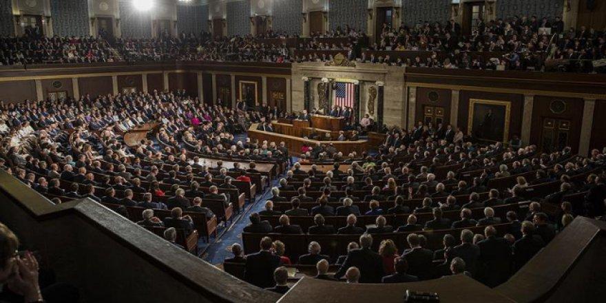 ABD Kongresinde başörtü yasağının kaldırılması için harekete geçildi