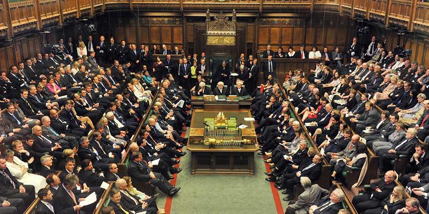 İngiltere'de İşçi Partisi, İsrail'e yaptırım uygulamasını destekleyen önergeyi kabul etti