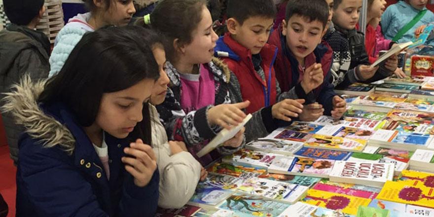 Ankara kitabı özlemiş: Rekor ziyaretçi geldi