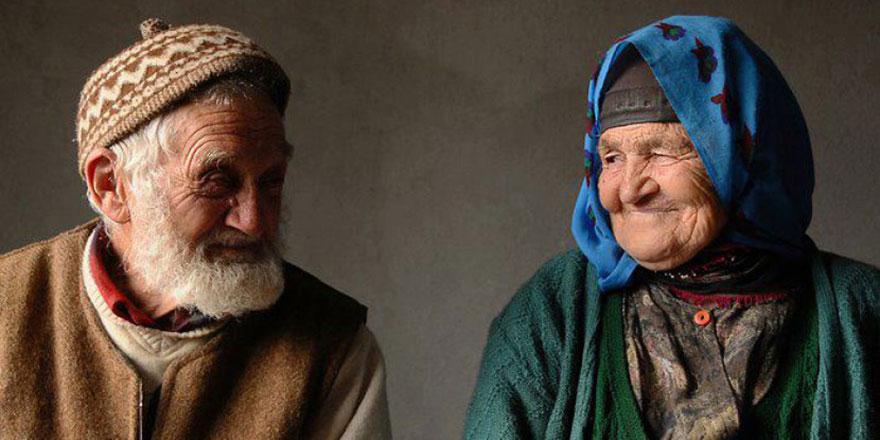 Türkiye'de 100 yaşını geçmiş 4 binden fazla kişi var