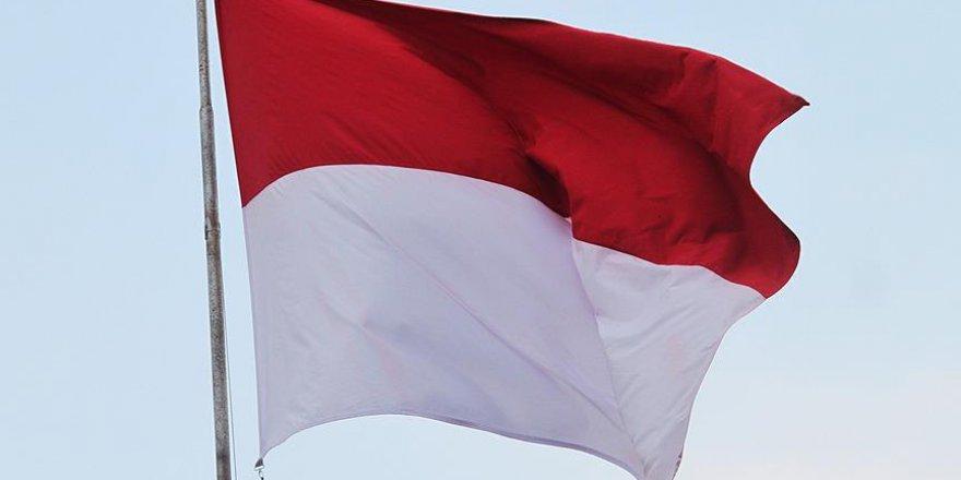 Endonezya depreminde ölü sayısı artmaya devam ediyor