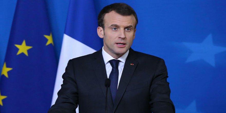 Macron İsrail'i uyardı: 'Barışı tehlikeye atıyorsunuz'