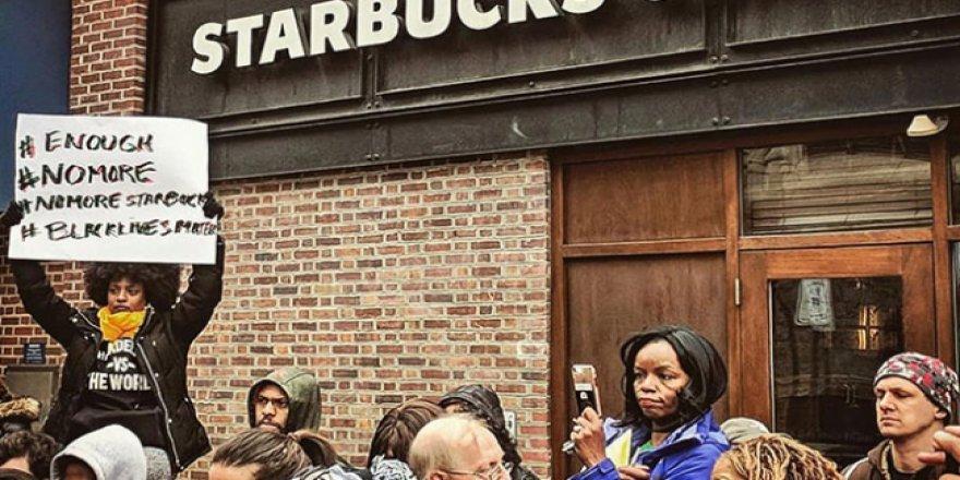 Siyahi vatandaşlara ırkçı tavır gösteren ünlü kahve zinciri özür diledi