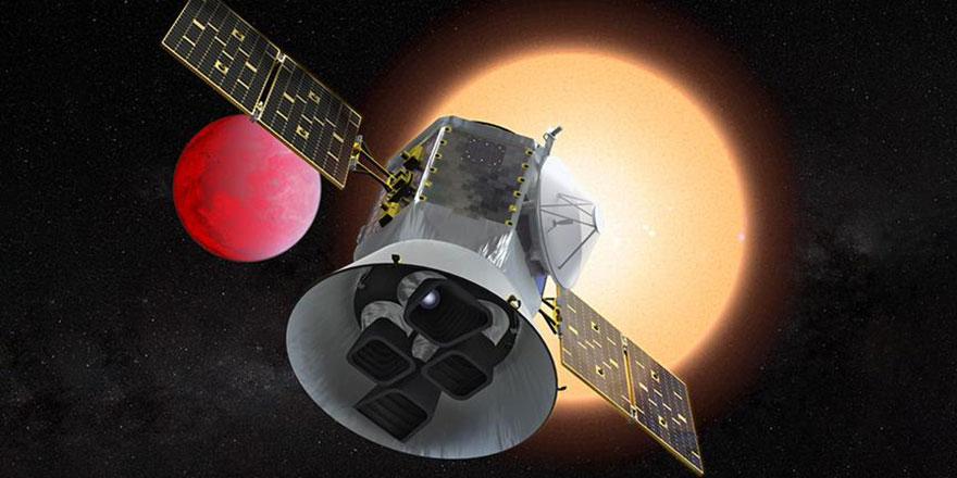 NASA'nın yeni insansız uzay aracı InSight, Mars'a doğru yola çıktı