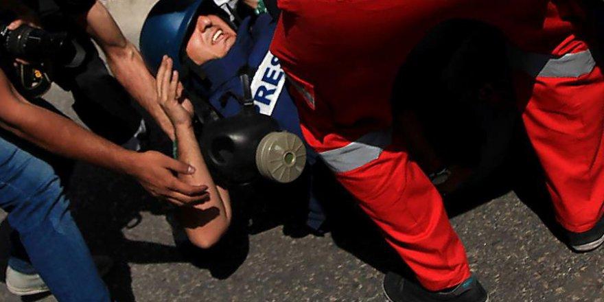 İsrail, medyaya kan kusturuyor