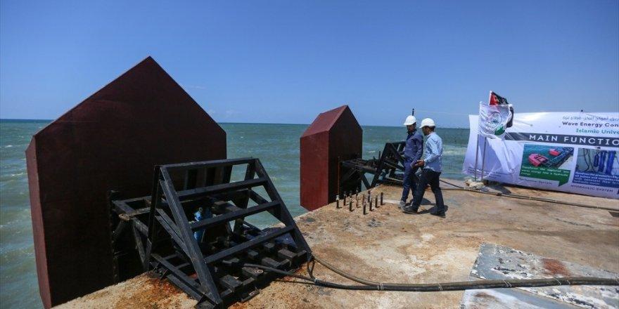 """Filistinli mühendisler """"deniz dalgalarından"""" elektrik üretiyor"""