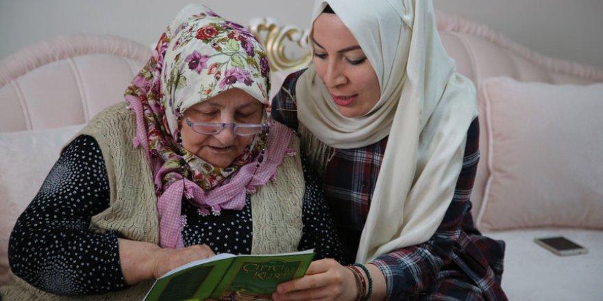 66 yaşında 'kitap kurdu' oldu