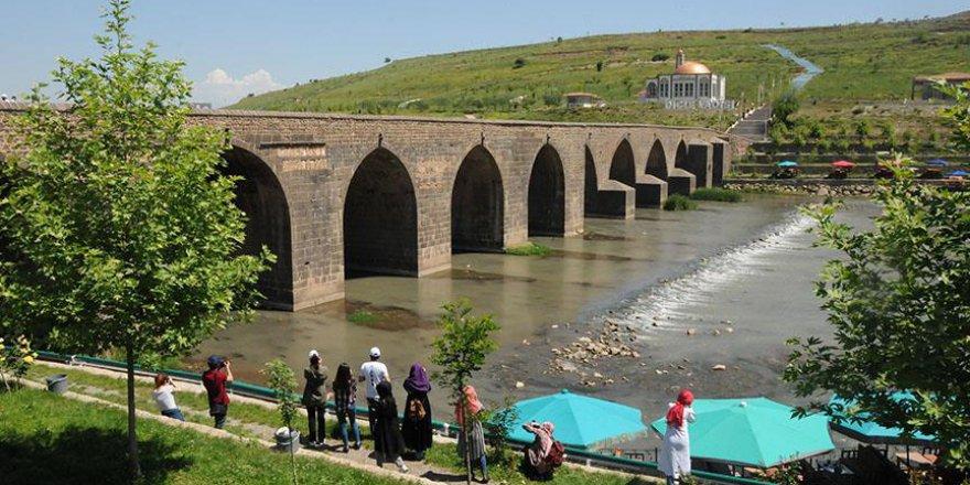 Diyarbakır'da turizm canlandı