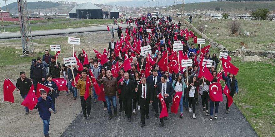 Öğrenciler 'Sarıkamış şehitleri' için yürüdü