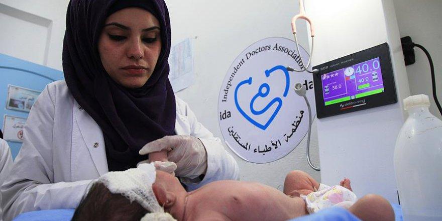 Abluka, tehcir ve saldırılar Suriyeli hemşireyi yıldırmadı