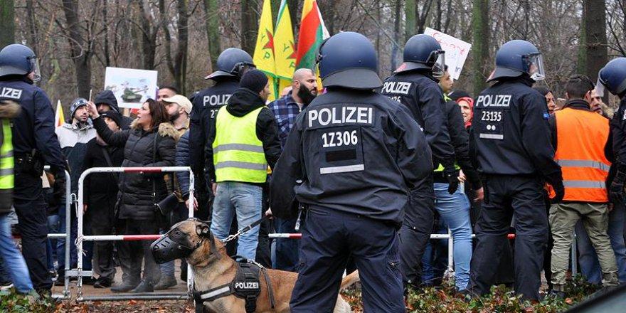 Alman polisinden PKK yandaşlarına uyarı