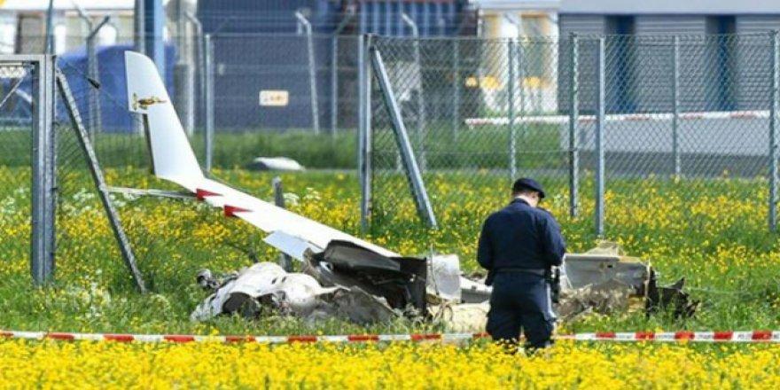 Avusturya'da uçak kazası: 2 ölü