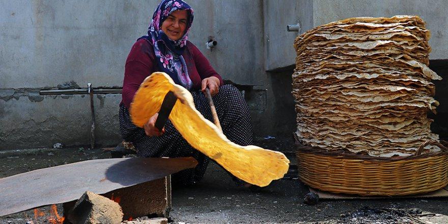 Çukurovalı kadınlar Ramazan mesaisine başladı