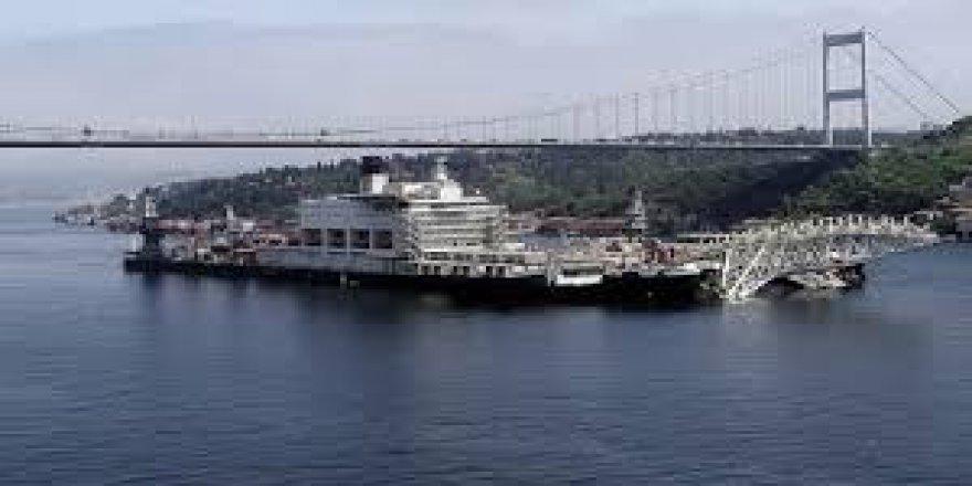 Dünyanın en büyük inşaat gemisi Marmara'da