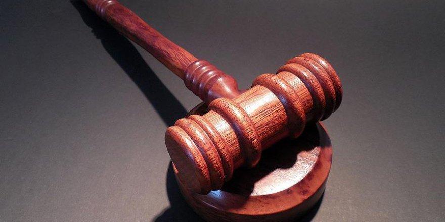 7 Müslüman 'dışarda namaz kıldığı için' cezalandırdı