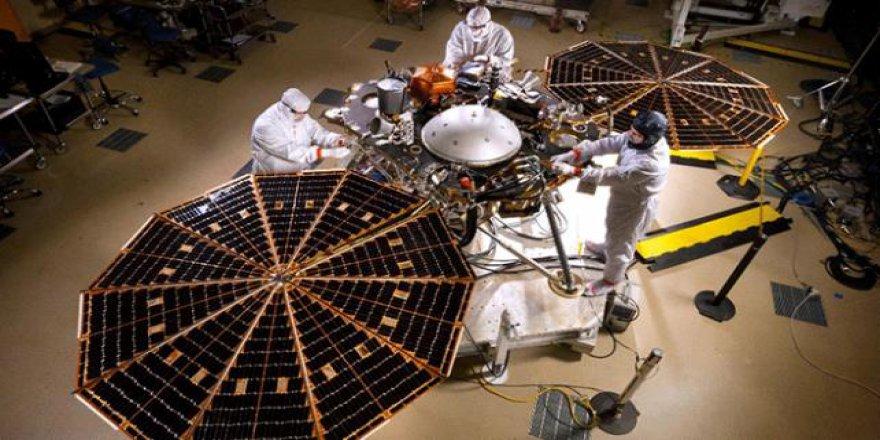 NASA'nın yeni aracı InSight, Mars'taki depremleri araştıracak