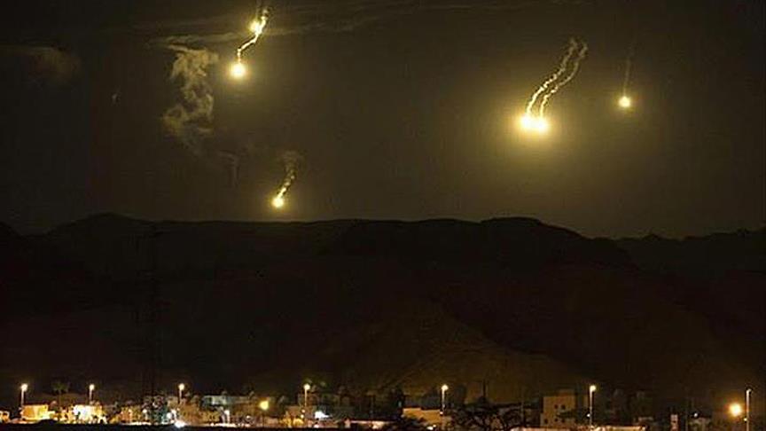 Şam'da şiddetli patlamalar