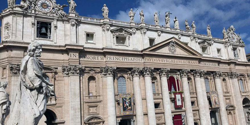 Vatikan'dan Medine'de kilise inşası açıklaması