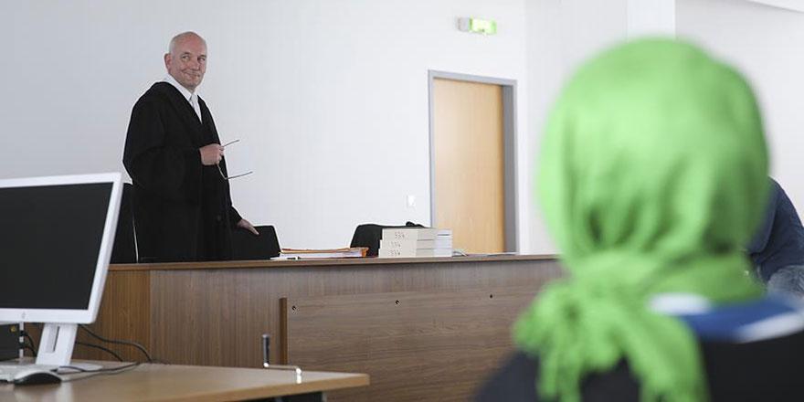 Avusturya'da başörtüsüne hapis ve para cezası geliyor